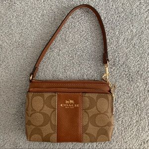 Coach Clutch Wallet Wristlet